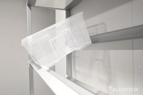 Regal mit Aufbewahrungsboxen Detailansicht
